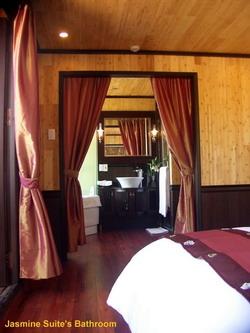 Jasmine Cruise's Accommodation