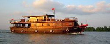 Tourists are enjoying Discover Mekong River with Bassac Cruise - TL601
