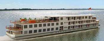 Tourists are enjoying Saigon - Siem Reap with La Marguerite Cruise - TL610