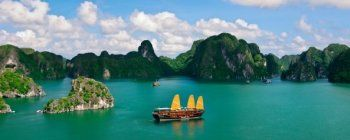 Tourists are enjoying Special Vietnam Emotions - TL706
