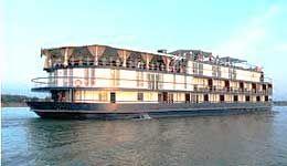 "Travelers with ""The Lost Civilization"" Saigon - Siem Reap, Jayavarman cruise"