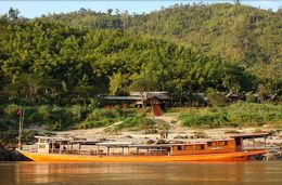 TOURISTS IN Luang Say cruise