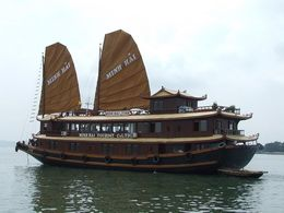 Tourists are enjoying Minh Hai Junk