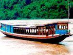 TOURISTS IN Nava Cruise