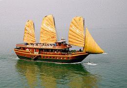TOURISTS IN Sea Wind Cruise