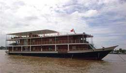 Travelers with Saigon - Siem Reap 8 days with Toum Tiou II cruiser