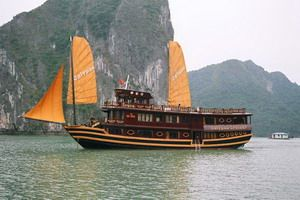Travelers with Vietnam Cruise - 13 days