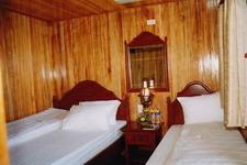 Twin room, Bai Tho Junk
