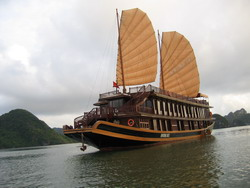 Indochina Sails, Halong Bay, Vietnam tours Tuan Linh Travel Company Limited