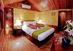 Valentine Junk suite